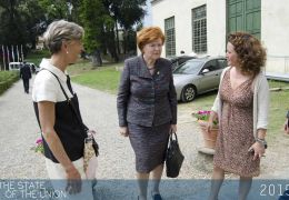 Vaira Vike-Freiberga arriving at the Historical Archives of the EU